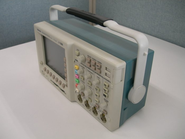 Tektronix tds5034b